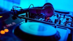 Mezcladores y reproductores de música on-line gratuitos para convertirnos en auténticos DJs