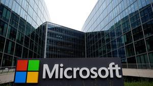 "Microsoft vuelve a demostrar que ""si no puedes con tu enemigo, únete a él"""