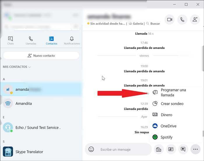 Selectează contactul și programează apelul cu Skype