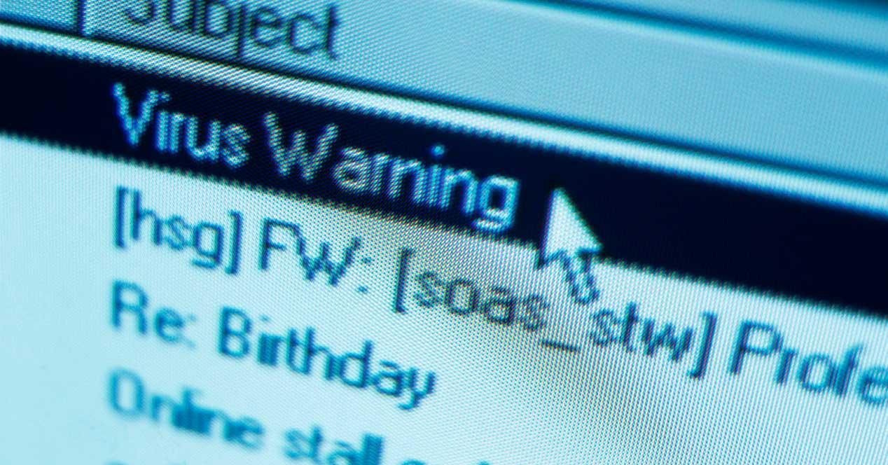 Aviso de virus peligro