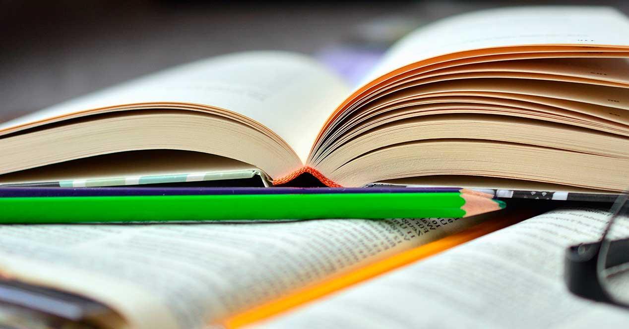 Estudiar con libros